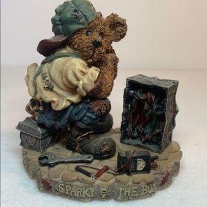 VNTG Boyds Bears - Sparky & The Box 1998